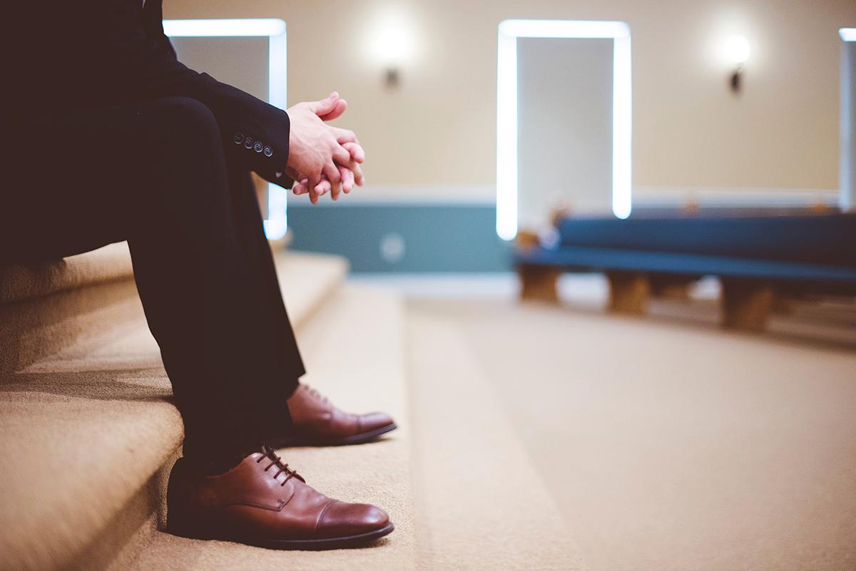 Pastor alone